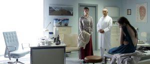 CHEMIN DE CROIX 11-2_Maria beim Arzt (F. Weisz,R. Yazdani,L. van Acken) ® Alexander Sass